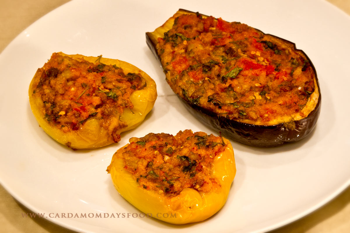 Stuffed peppers and aubergine cardamom days food for Aubergine cuisine