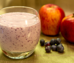 blueberry and apple smoothie