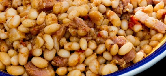 Mexican Beans with Pork and Chilli