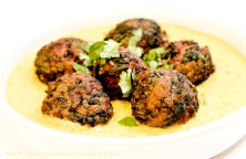 Spinach Kofta in a Yoghurt Curry